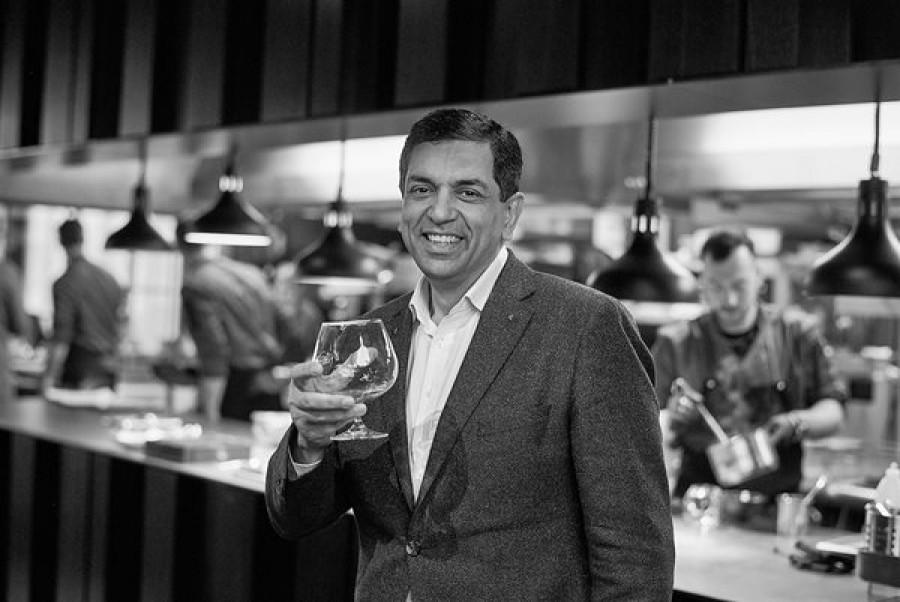 Sanjiv Suri: Abych byl šťastný, potřebuji se dělit o peníze